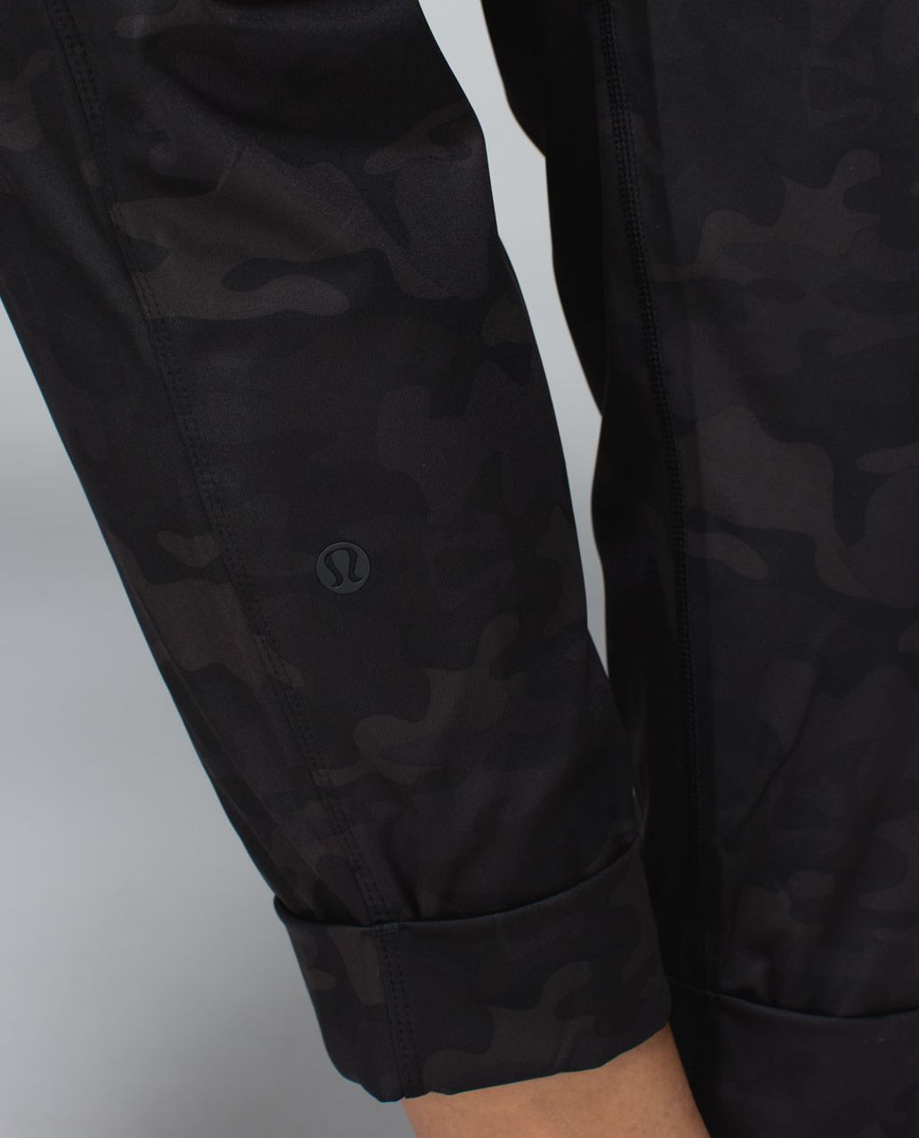 Lululemon Jet Crop *Print - Savasana Camo 20cm New Black
