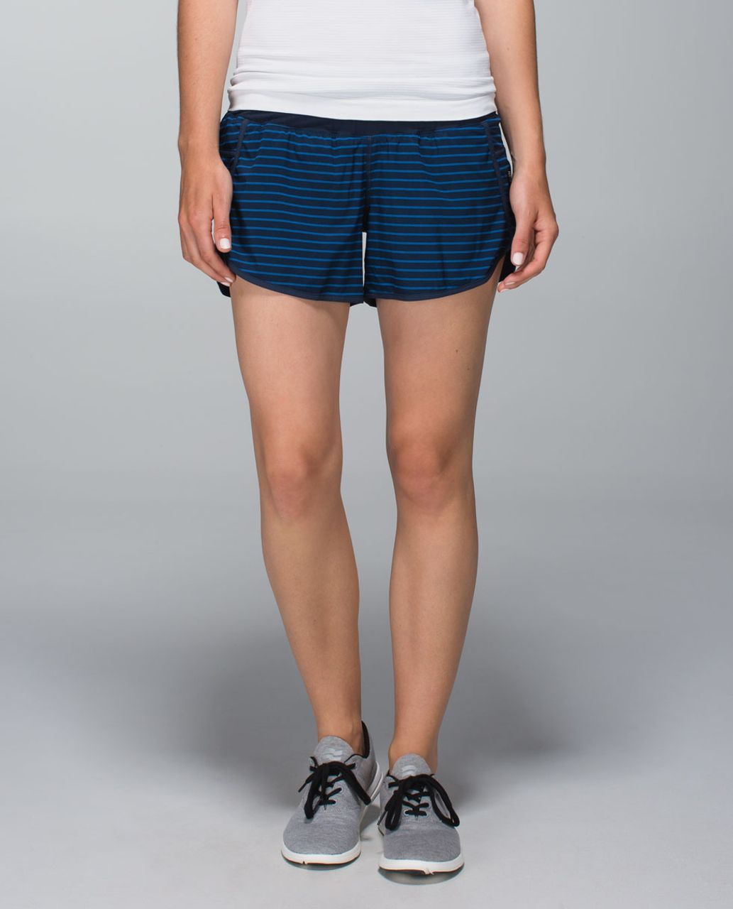 Lululemon Tracker Short II *4-way Stretch - West2east Stripe Printed Rugged Blue / Inkwell