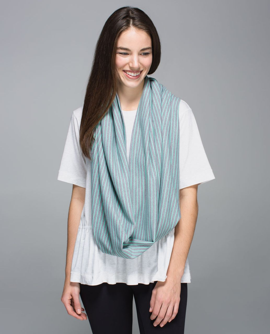Lululemon Vinyasa Scarf *Rulu - Parallel Stripe Menthol Heathered Slate / Heathered Slate