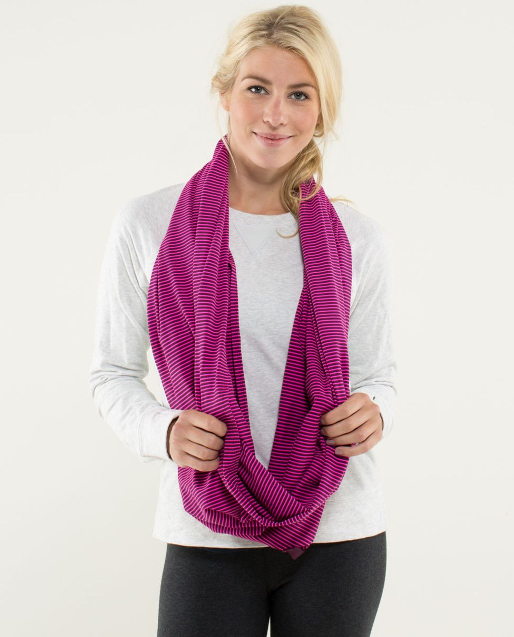 Lululemon Vinyasa Scarf *Luon Light - Hyper Stripe Raspberry Glo Light