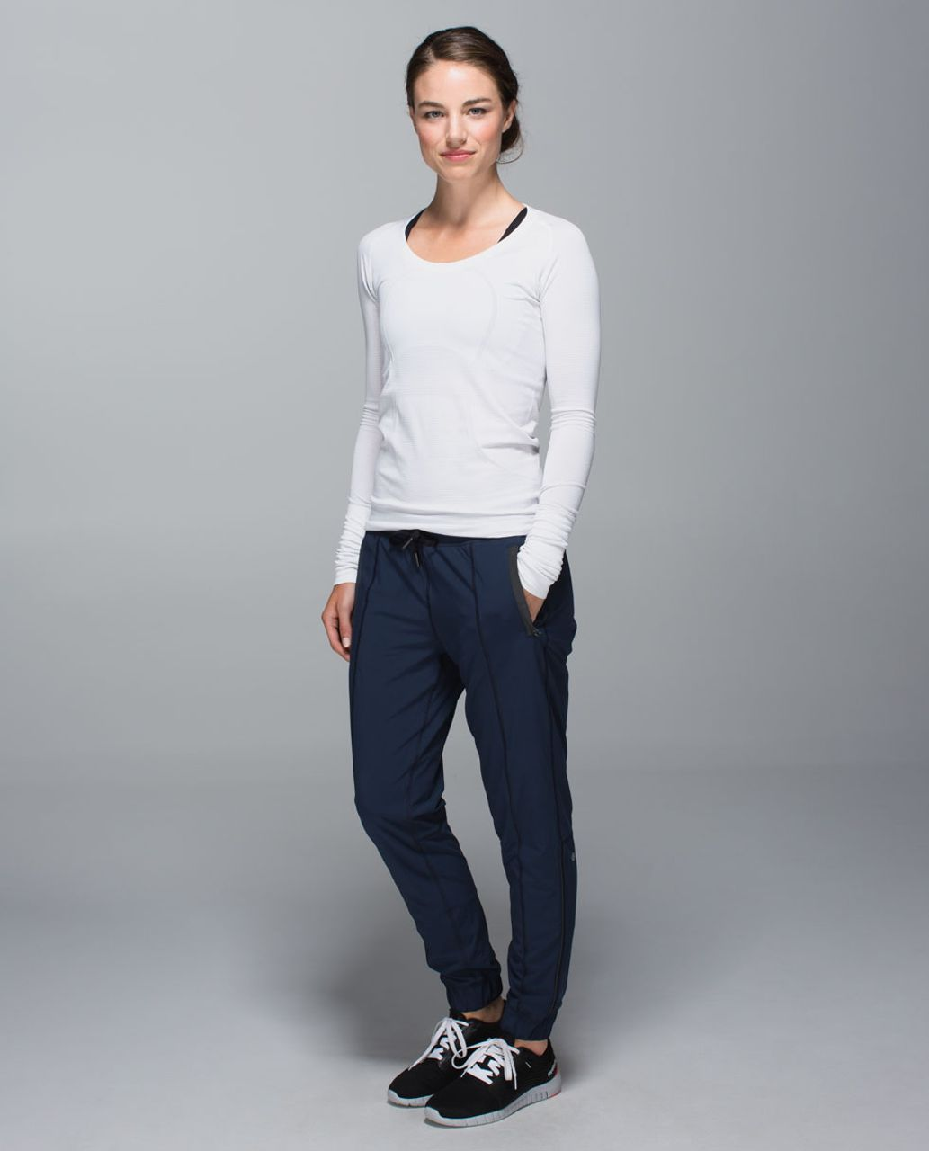 Lululemon Track To Reality Pant II - Inkwell