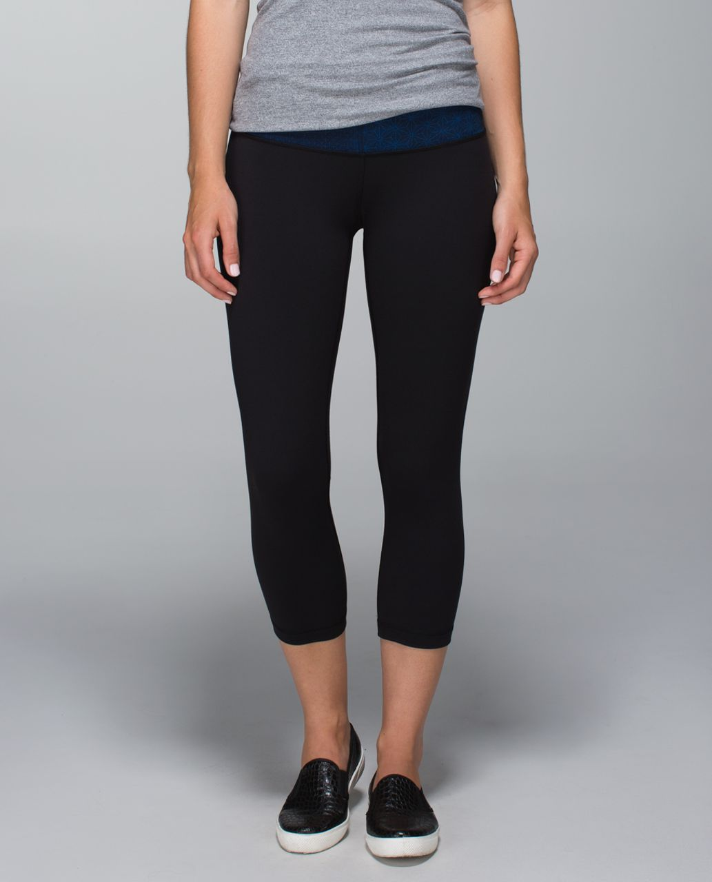 Lululemon Wunder Under Crop II *Full-On Luon - Black / Fa14 Quilt 1 / Sashico Star Inkwell Rugged Blue