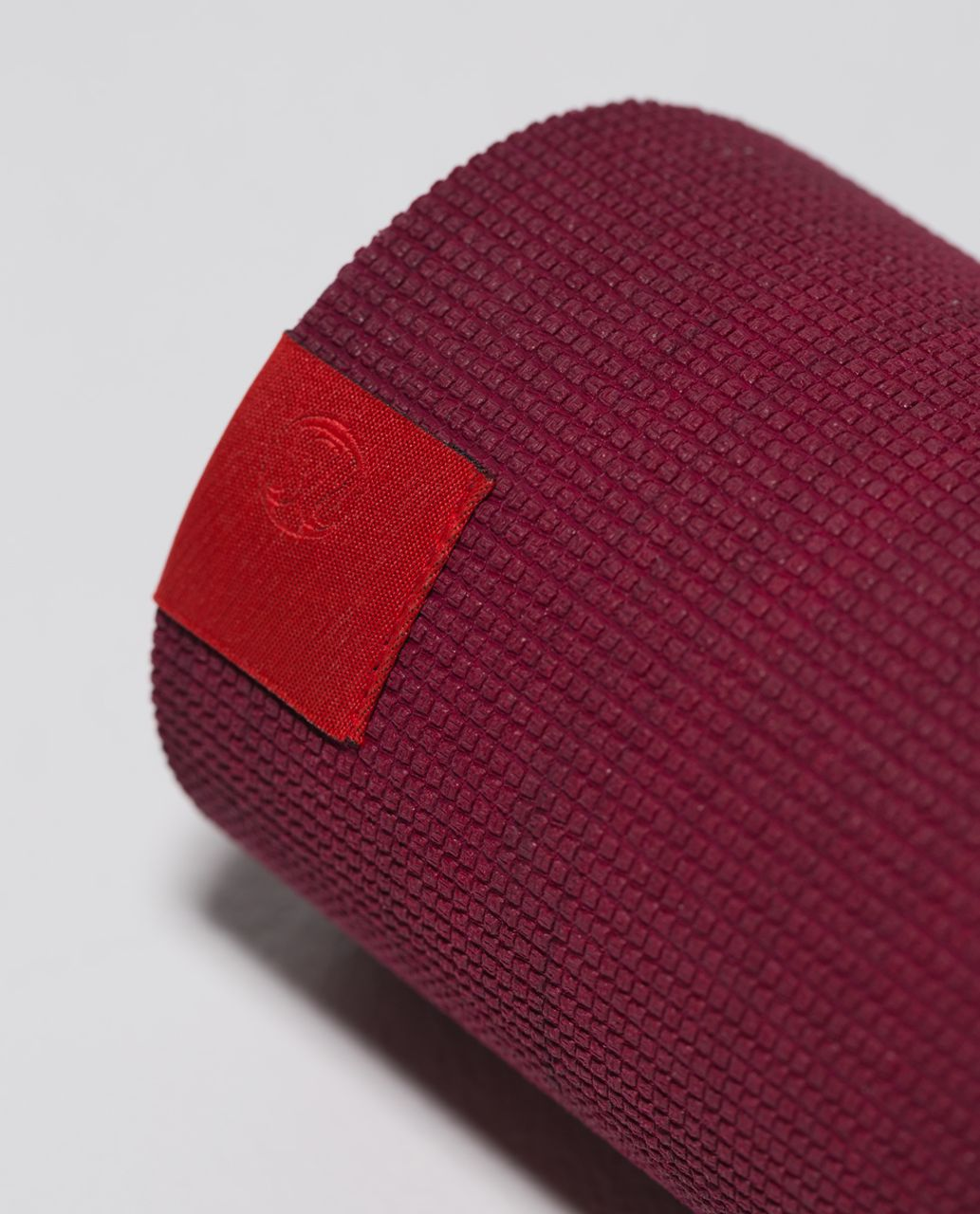 Lululemon The Pure Mat 3mm - Bumble Berry / Bordeaux Drama