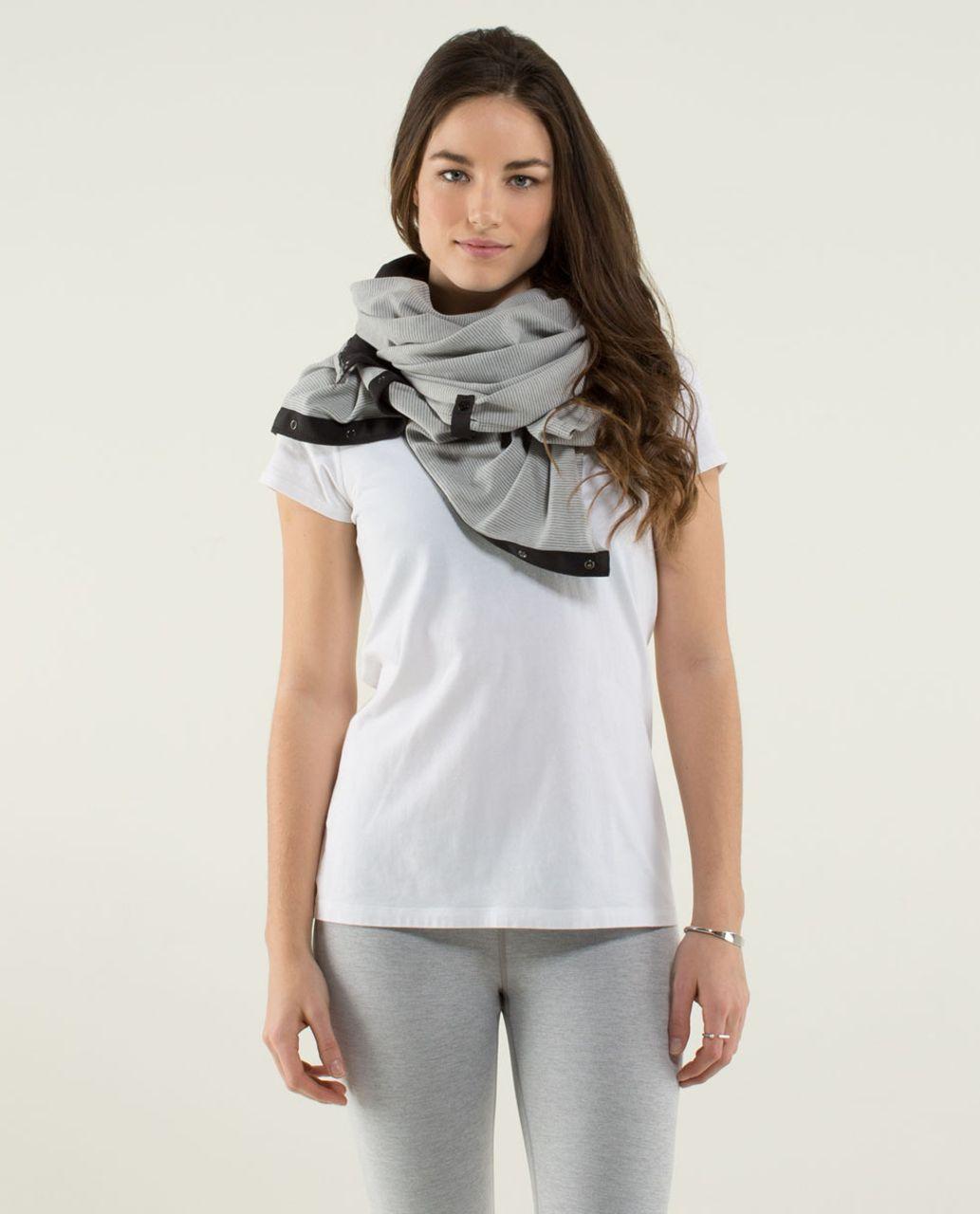 Lululemon Vinyasa Scarf *Rulu - Black / Tonka Stripe Heathered Light Grey Heathered Medium Grey