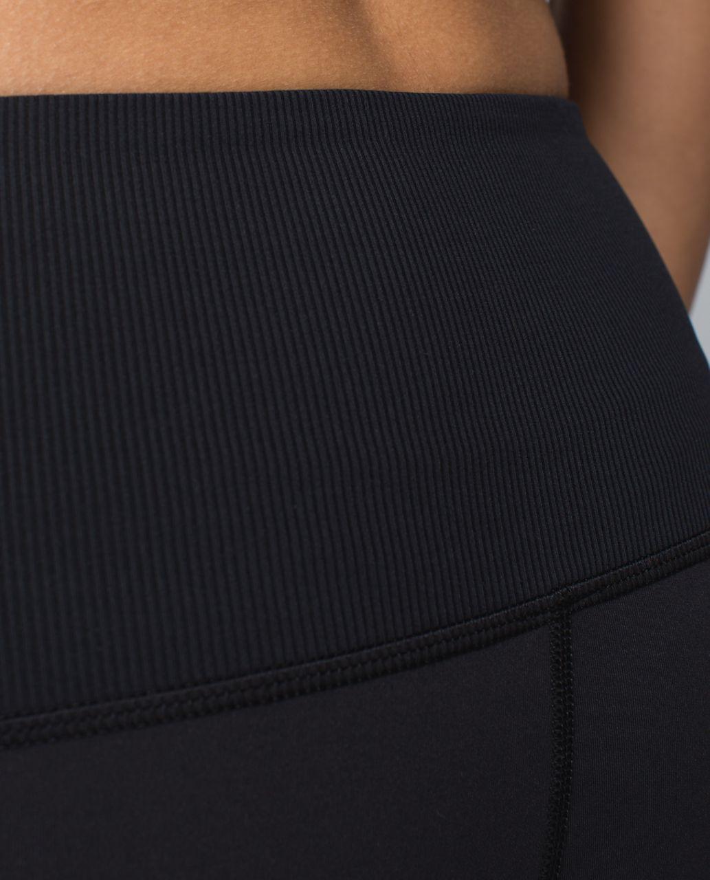 Lululemon Seek The Heat Crop - Inky Floral Soot Black / Black