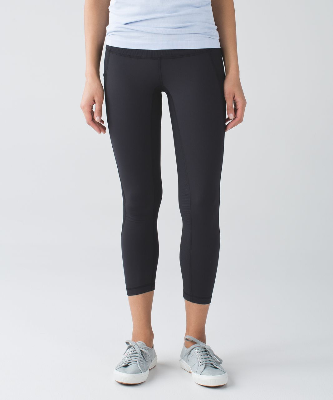 Lululemon Seek The Heat Crop - Black