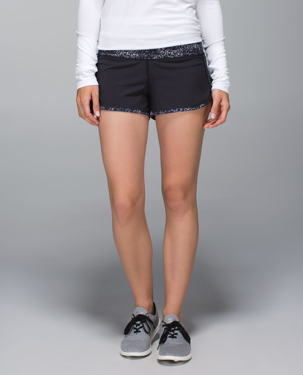 Lululemon Run:  Speed Short *4-way Stretch - Black / Rocky Road Sand Dune Toothpaste