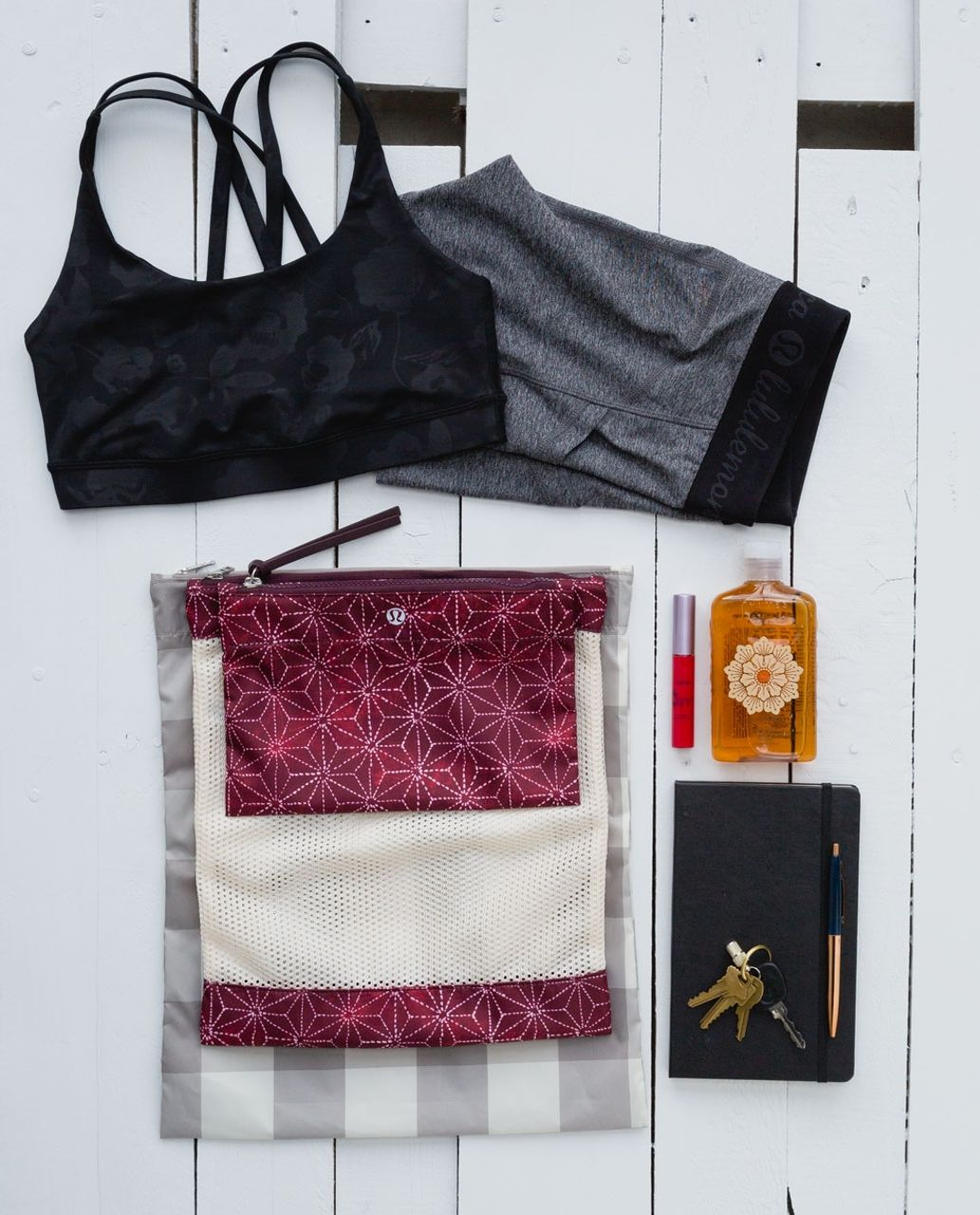Lululemon Sweat Happens Liner Bags - Exploded Sachico Star Bordeaux Drama Ghost / Angel Wing / Mini Camp Check Ghost Storm Grey