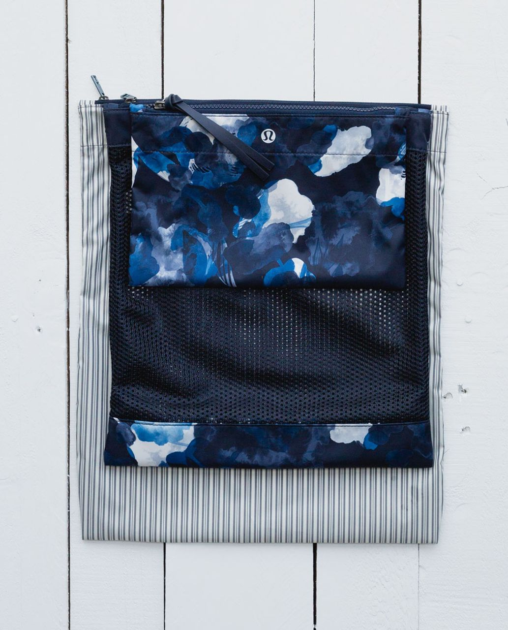 Lululemon Sweat Happens Liner Bags - Inky Floral Inkwell Blue Calm / Inkwell / Pine Stripe Inkwell Ghost