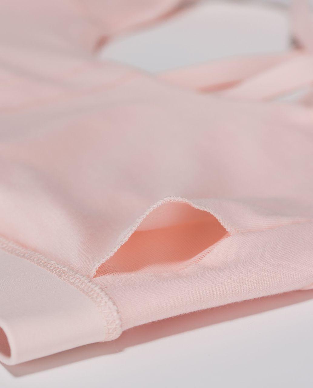 Lululemon Energy Bra - Parfait Pink