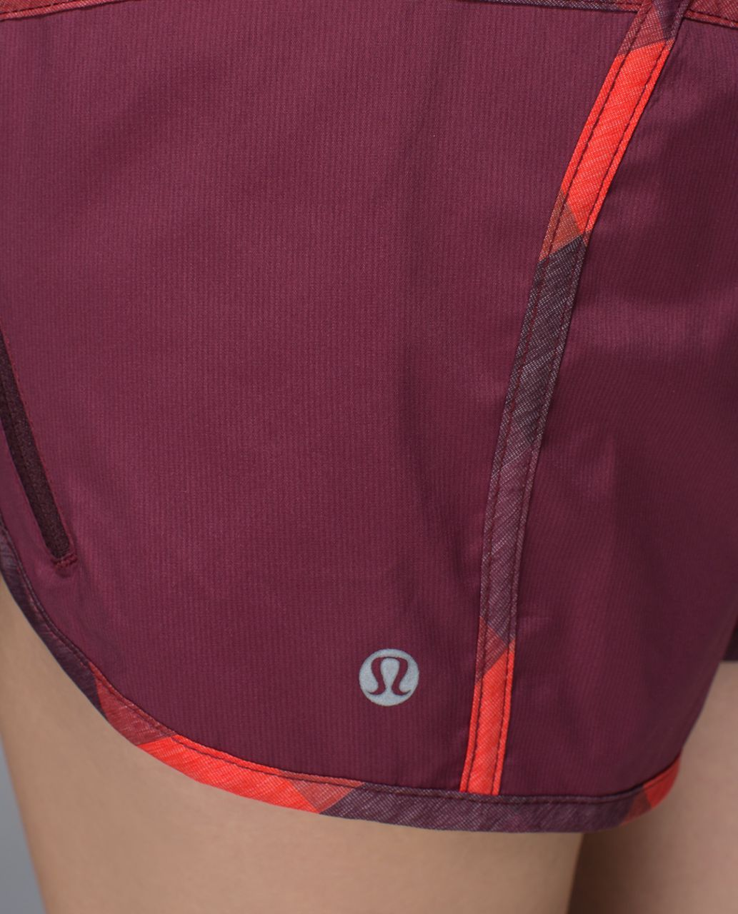 Lululemon Tracker Short II *2-way Stretch - Rust Berry / Yama Check Heathered Flaming Tomato / Rust Berry