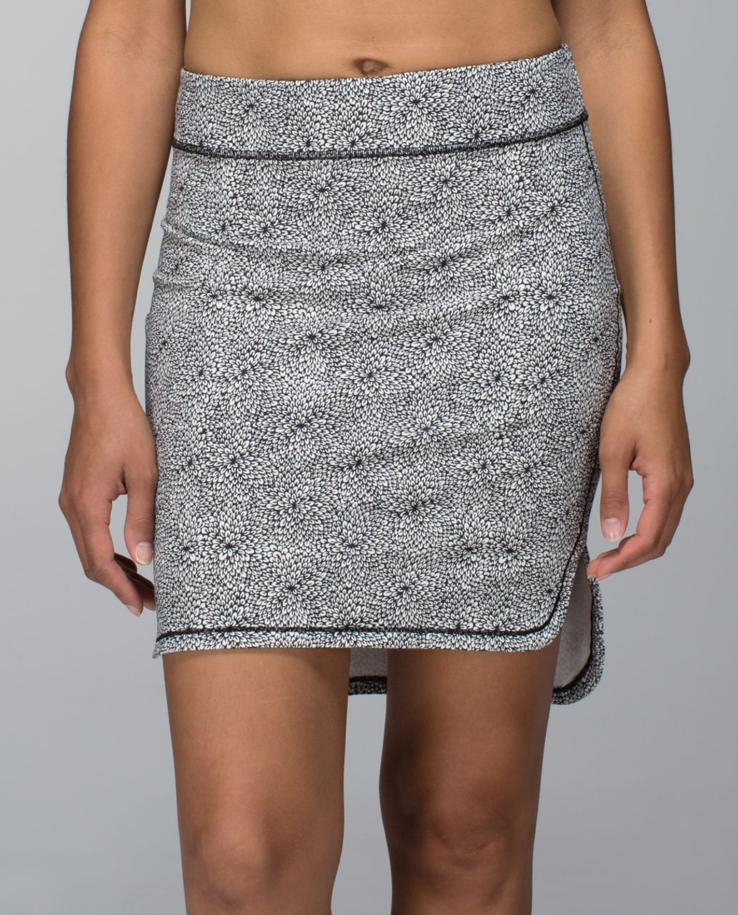 Lululemon City Skirt - Plush Petal Deep Coal Ghost