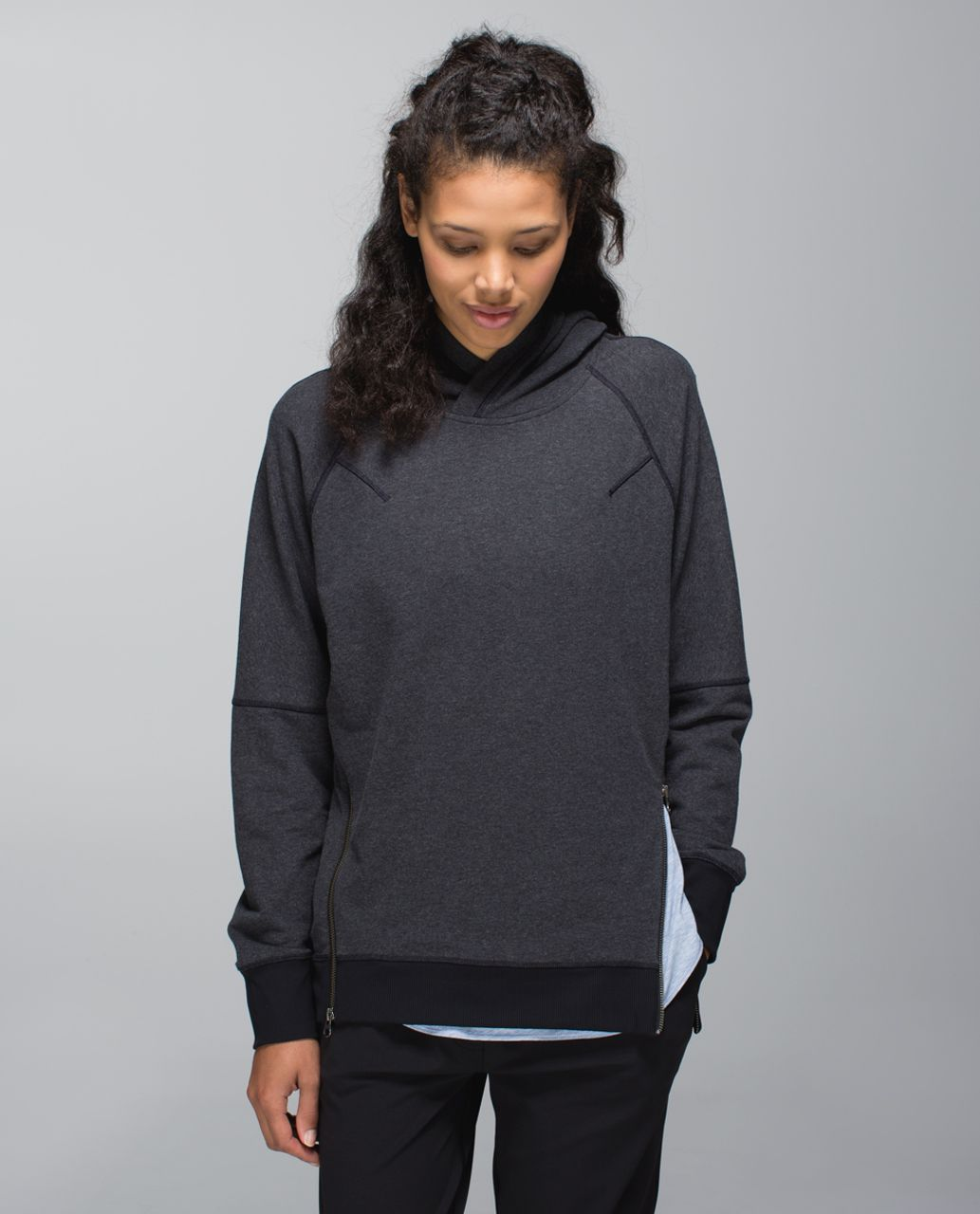 Lululemon Om & Roam Pullover - Heathered Black /  Black