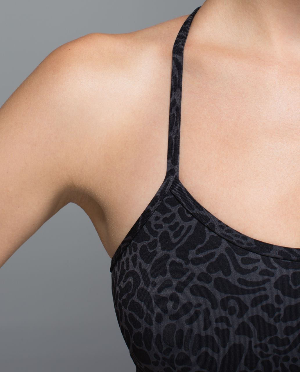 Lululemon Flow Y Bra IV - Petal Camo Printed Black Deep Coal