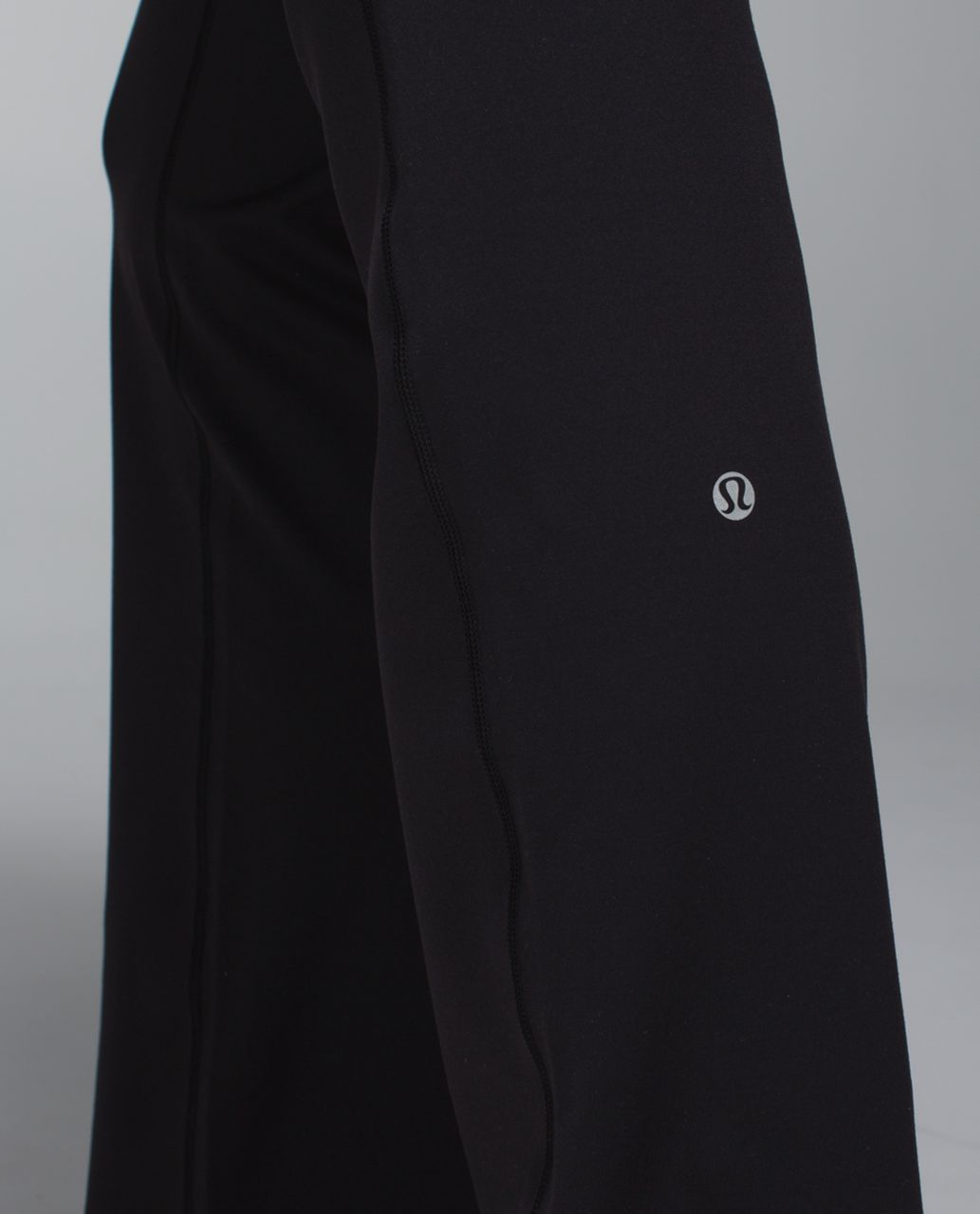Lululemon Astro Pant *Full-On Luon (Regular) - Black / Toothpaste / Heathered Slate
