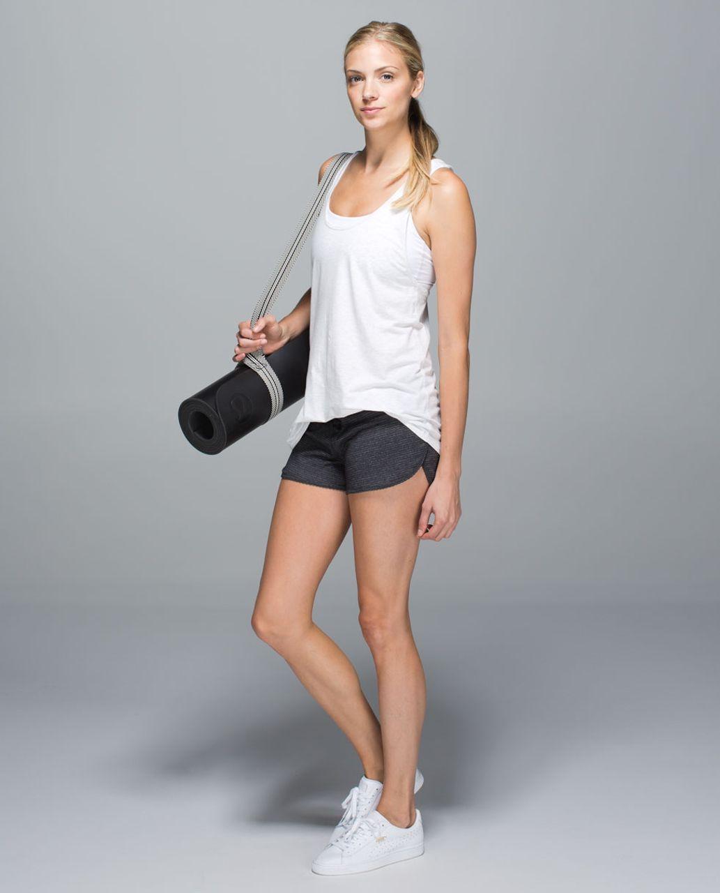 Lululemon Bhakti Yoga Short - Heathered Black