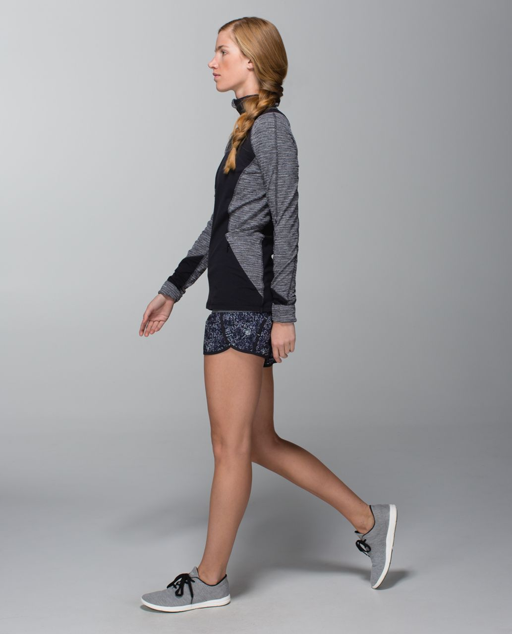Lululemon Run Times Short *4-way Stretch - Rocky Road Sand Dune Toothpaste / Black / Toothpaste
