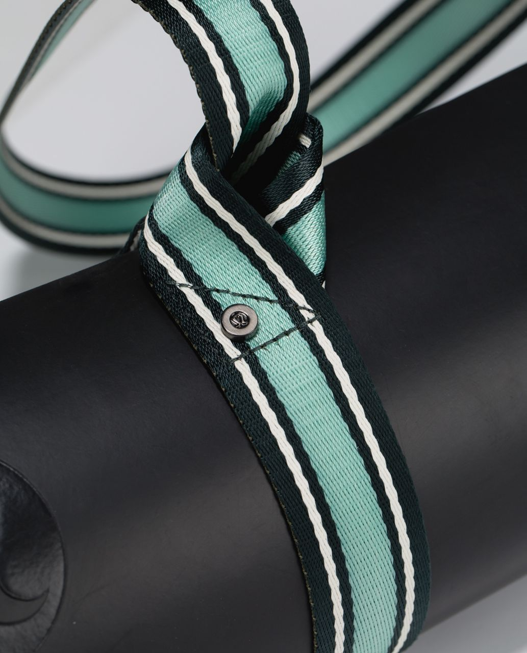 Lululemon Loop It Up Mat Strap - Fuel Green / Ghost / Toothpaste