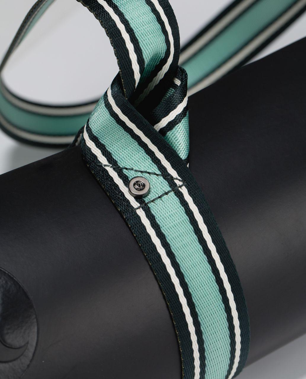 Lululemon Loop It Up Mat Strap - Fuel Green / Ghost / Toothpaste