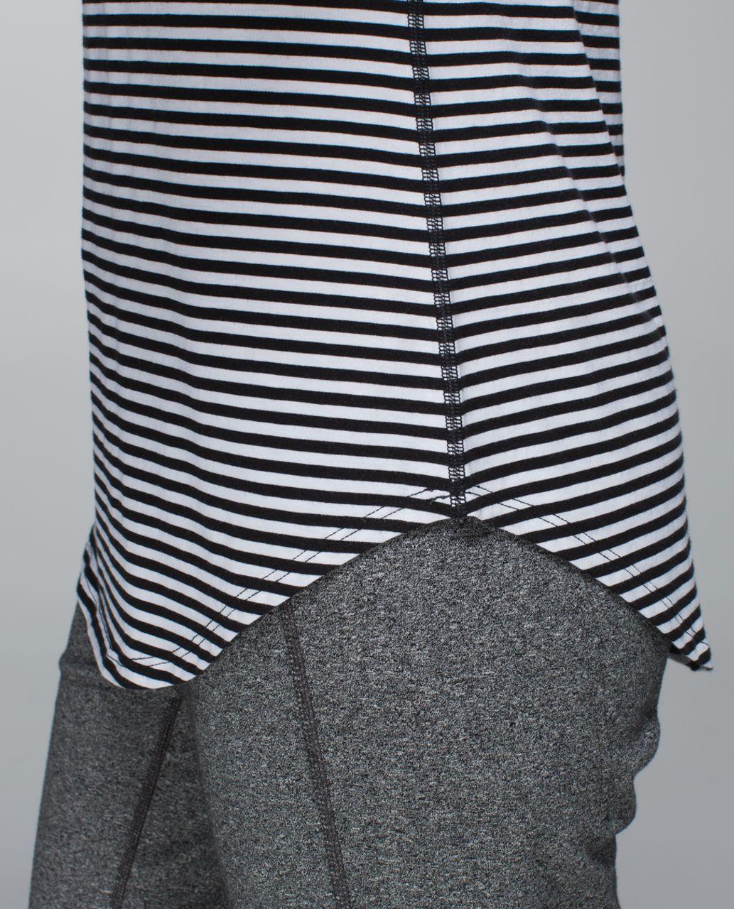 Lululemon Love Tee - Classic Stripe Black White