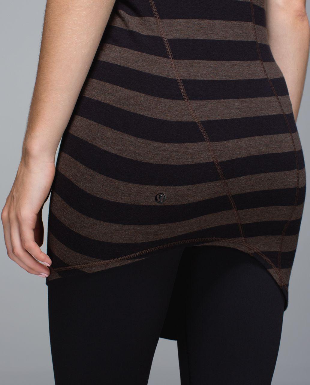 Lululemon Torque Tank - Cozy Stripe Black Heathered Bark Chocolate / Heathered Black Birdstooth Black Dip Dye