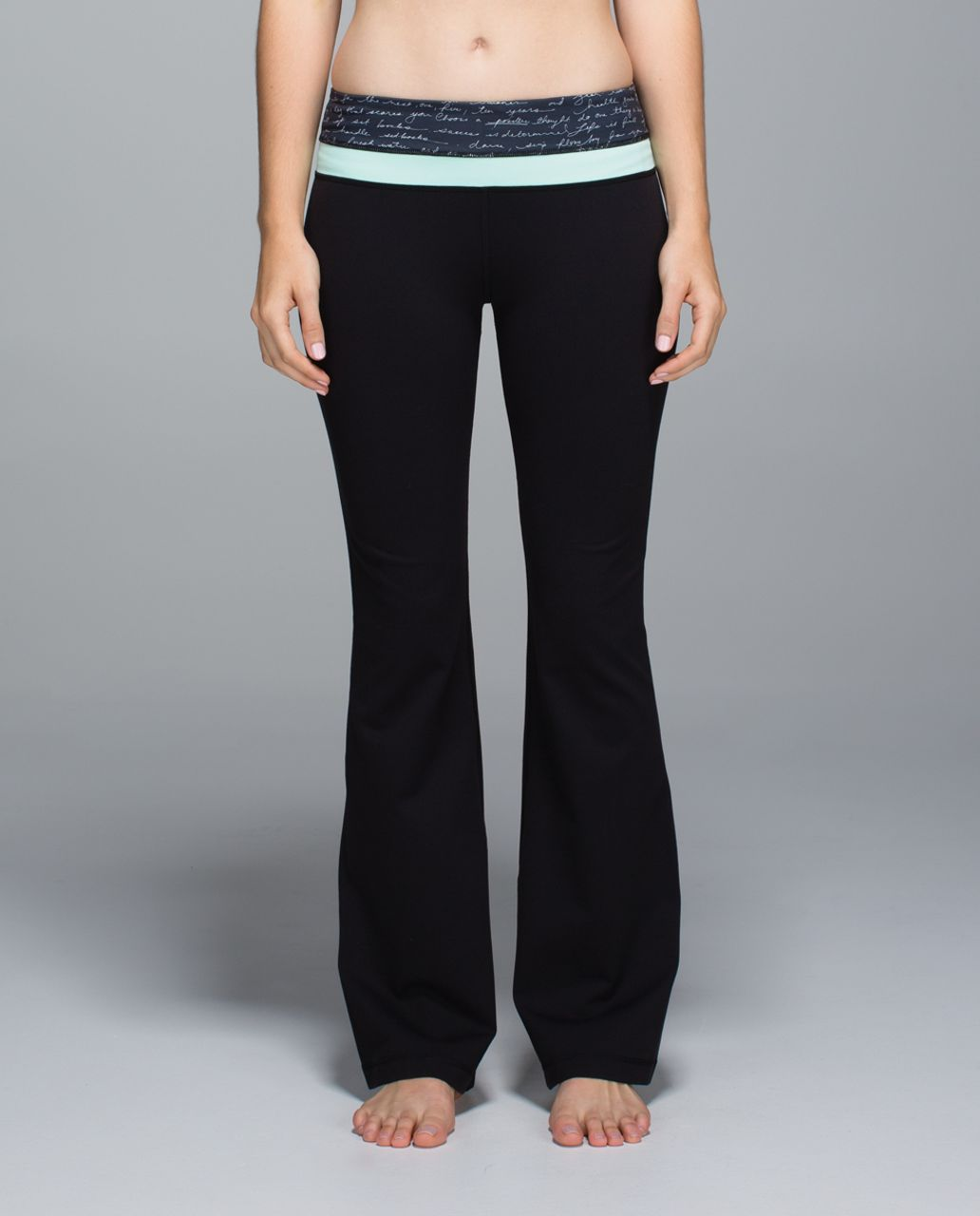 Lululemon Groove Pant *Full-On Luon (Regular) - Black / Manifesto Script Black Ghost / Toothpaste