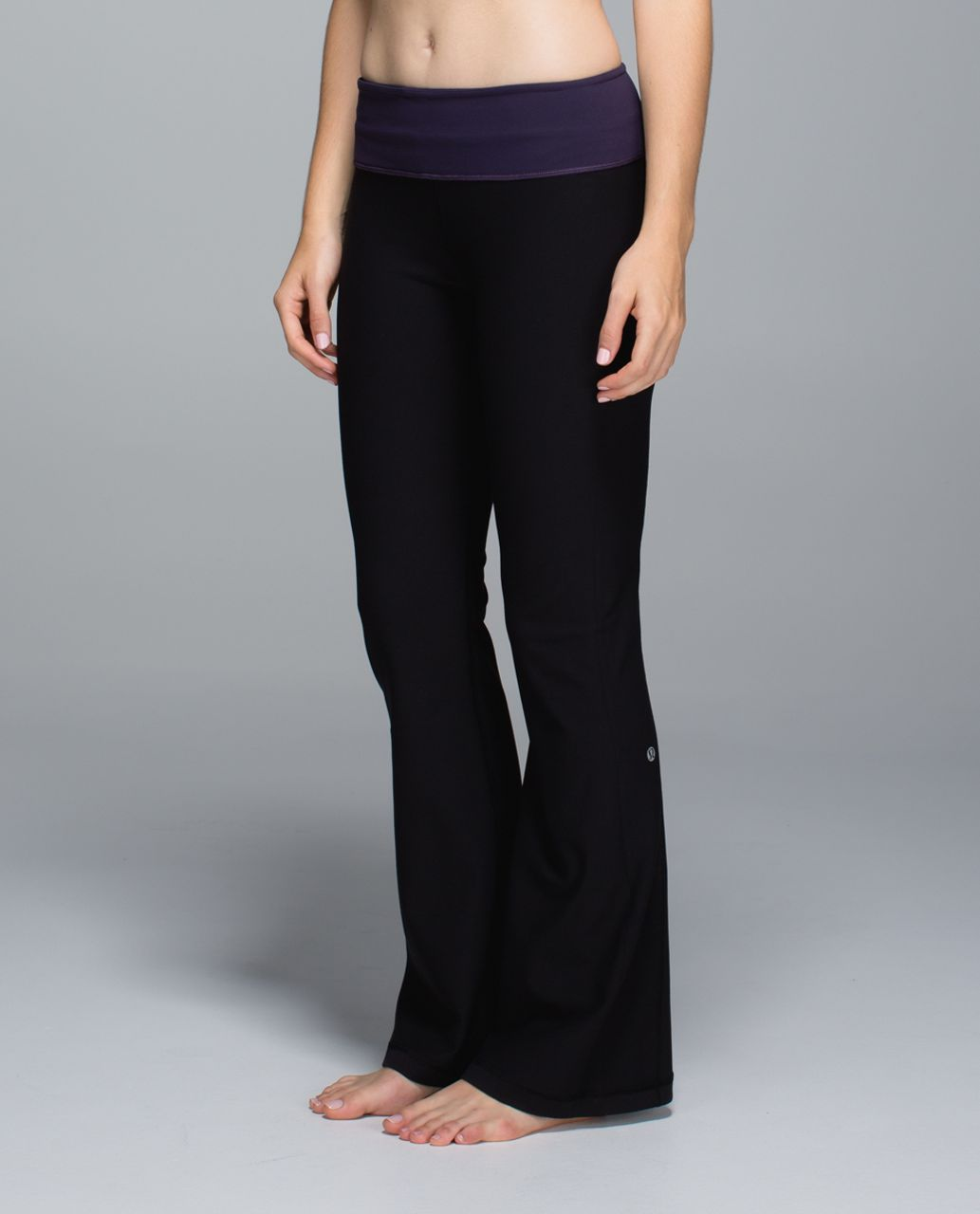 Lululemon Groove Pant *Full-On Luon (Regular) - Black / Black Grape / Going Grape