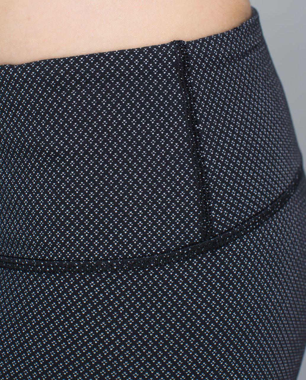 Lululemon Boogie Short - Diamond Dot Black White / Black