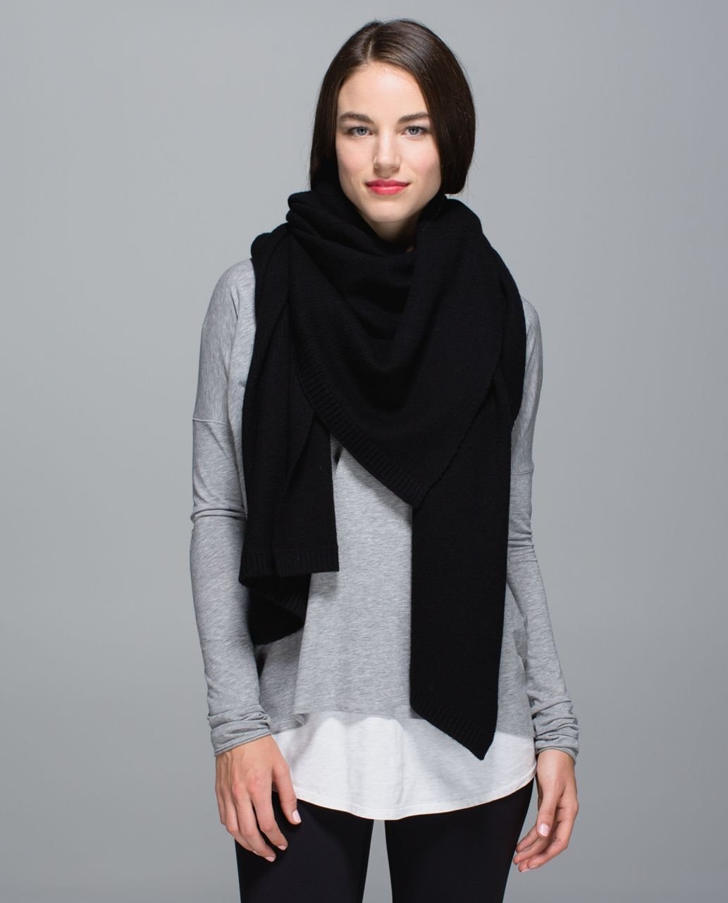 Lululemon Bundle Up Scarf - Black /  Heathered Black