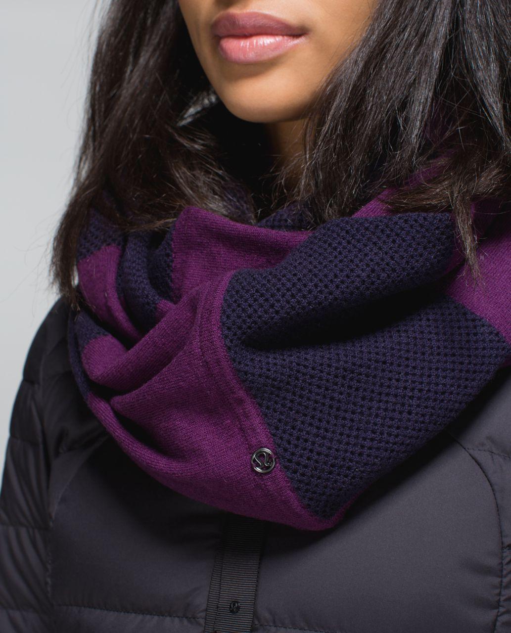 Lululemon Heart Opener Scarf *Wool - Black Grape / Berry Yum Yum