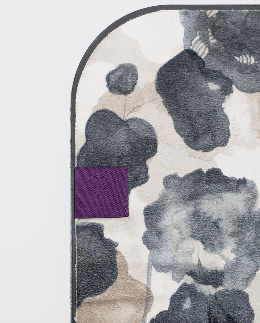 Lululemon The Towel - Inky Floral Sand Dune Ghost Black