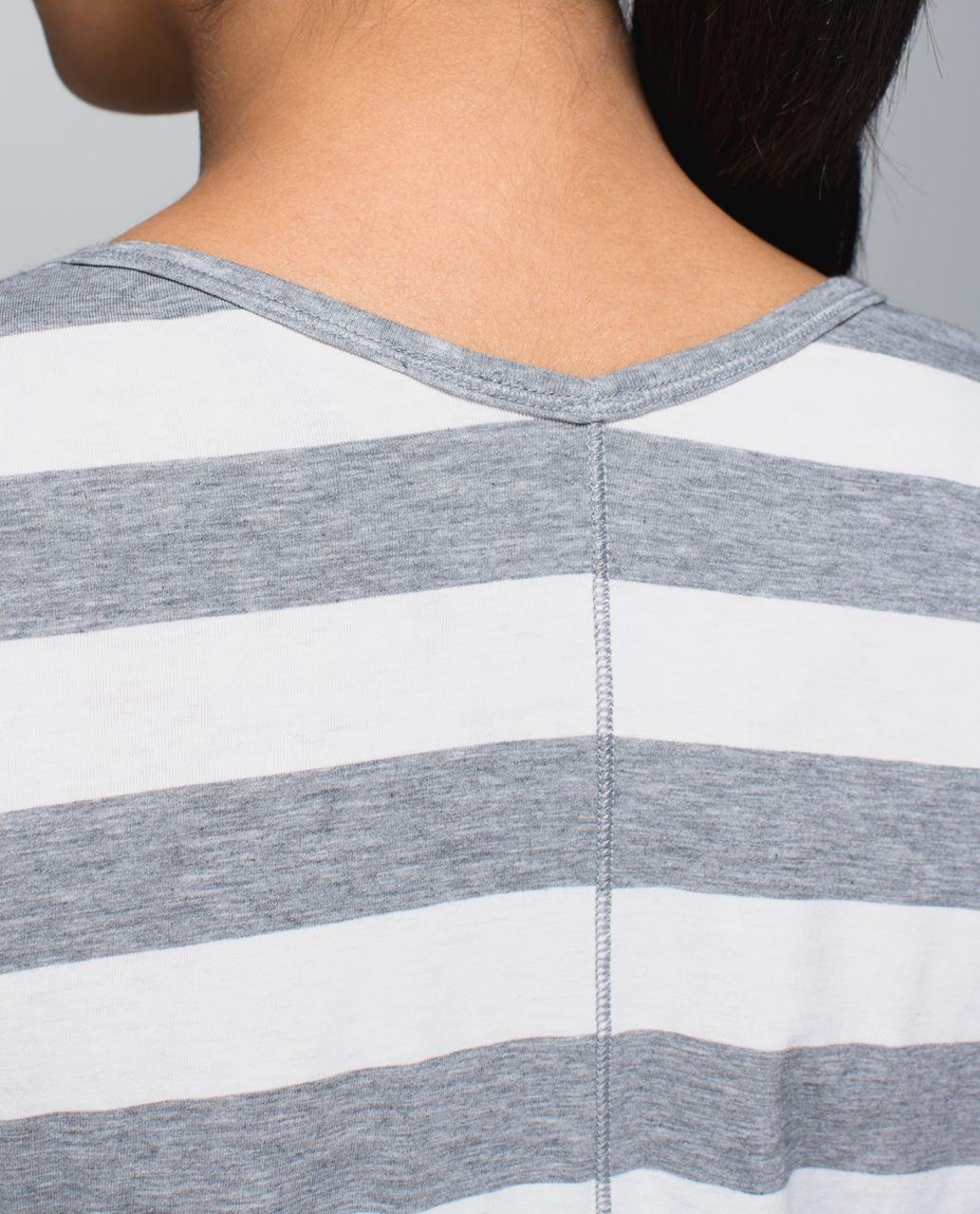 Lululemon Yogini 5 Year Long Sleeve Tee - Straightup Stripe Heathered Medium Grey Heathered Angel White / Almost Pear