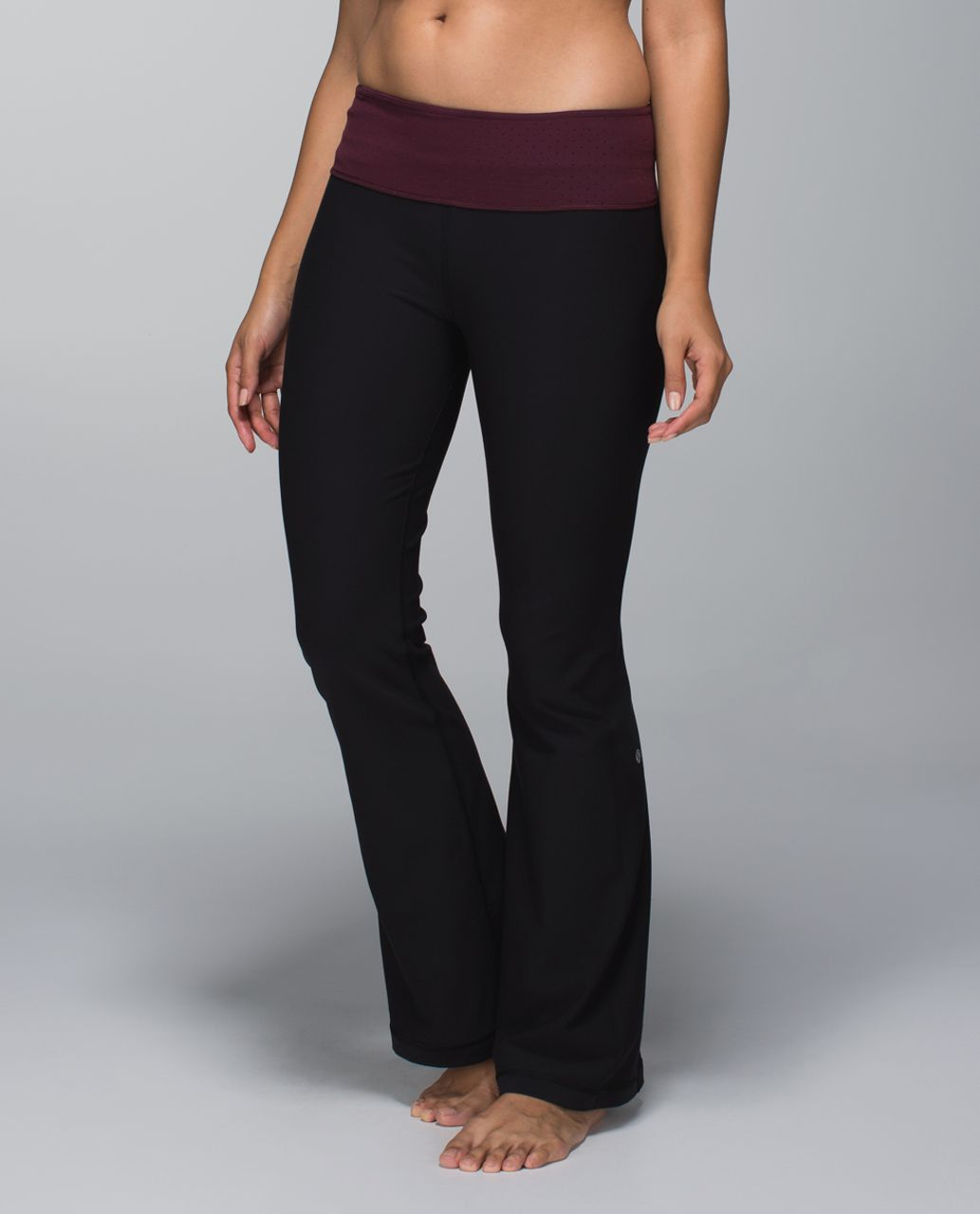Lululemon Groove Pant *Full-On Luon (Regular) - Black / Shine Dot Bordeaux Drama / Rust Berry