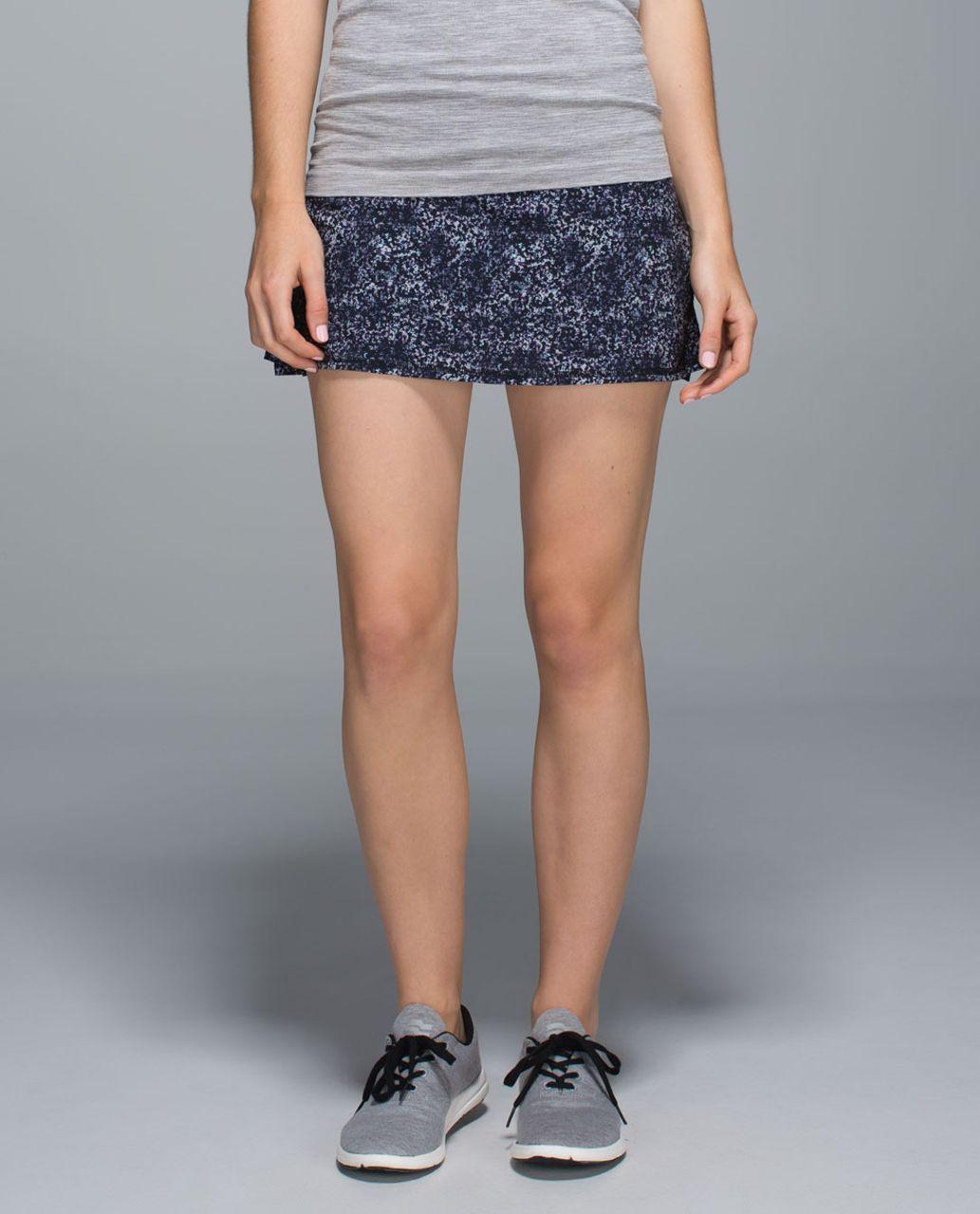 Lululemon Run:  Pace Setter Skirt *4-way Stretch (Regular) - Rocky Road Sand Dune Toothpaste / Black