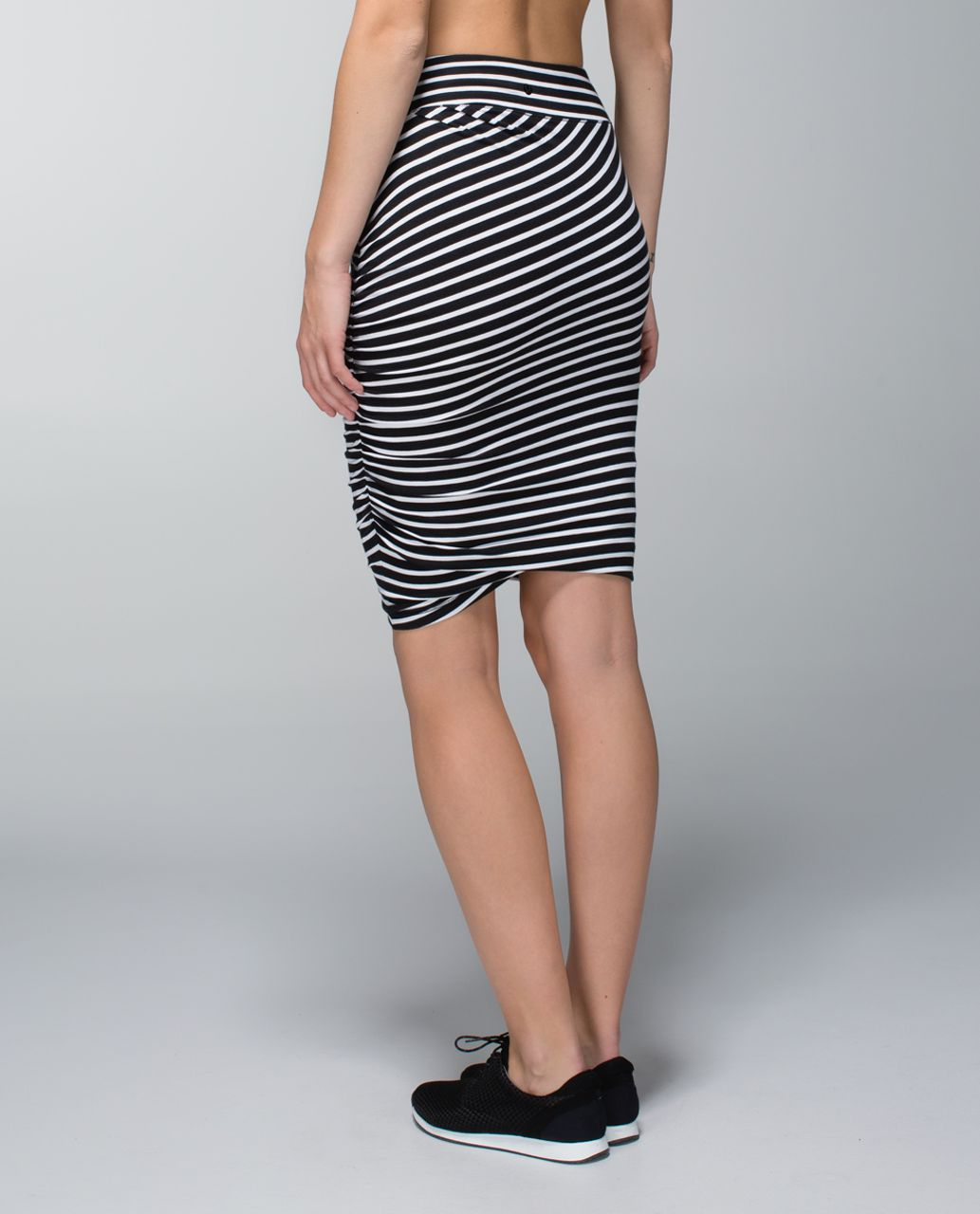 Lululemon Anytime Skirt - Deenie Stripe White Black