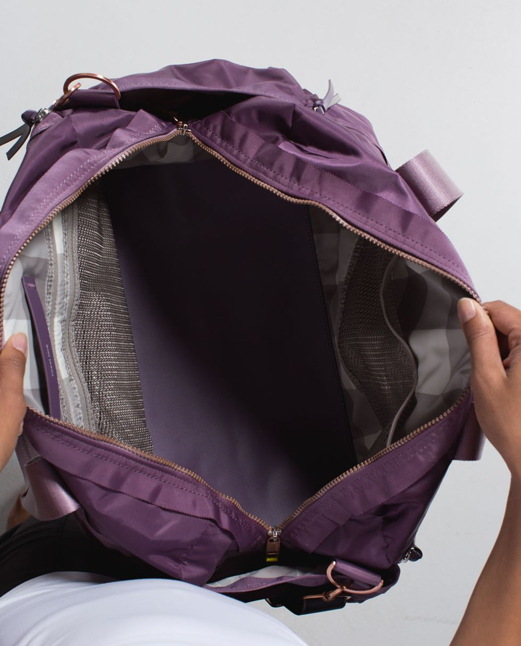 Lululemon Gym To Win Duffel *Nylon - Purple Fog