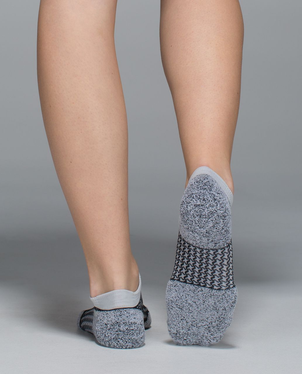Lululemon Women's Ultimate Padded Run Sock - Houndstooth Silverspoon