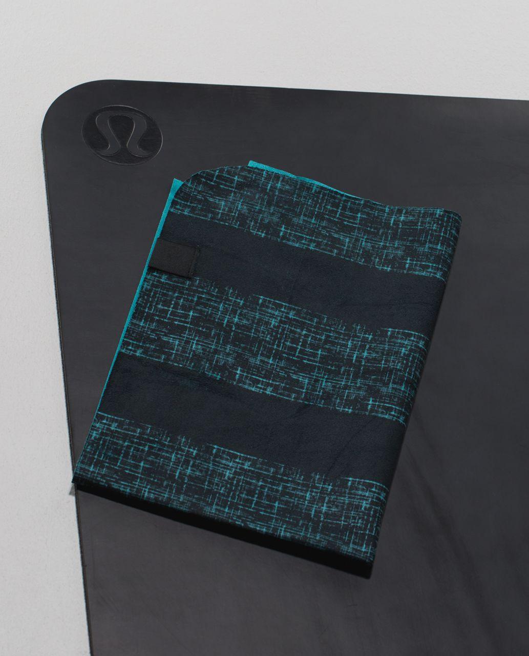 Lululemon The (Small) Towel - Glacier Stripe Surge Black