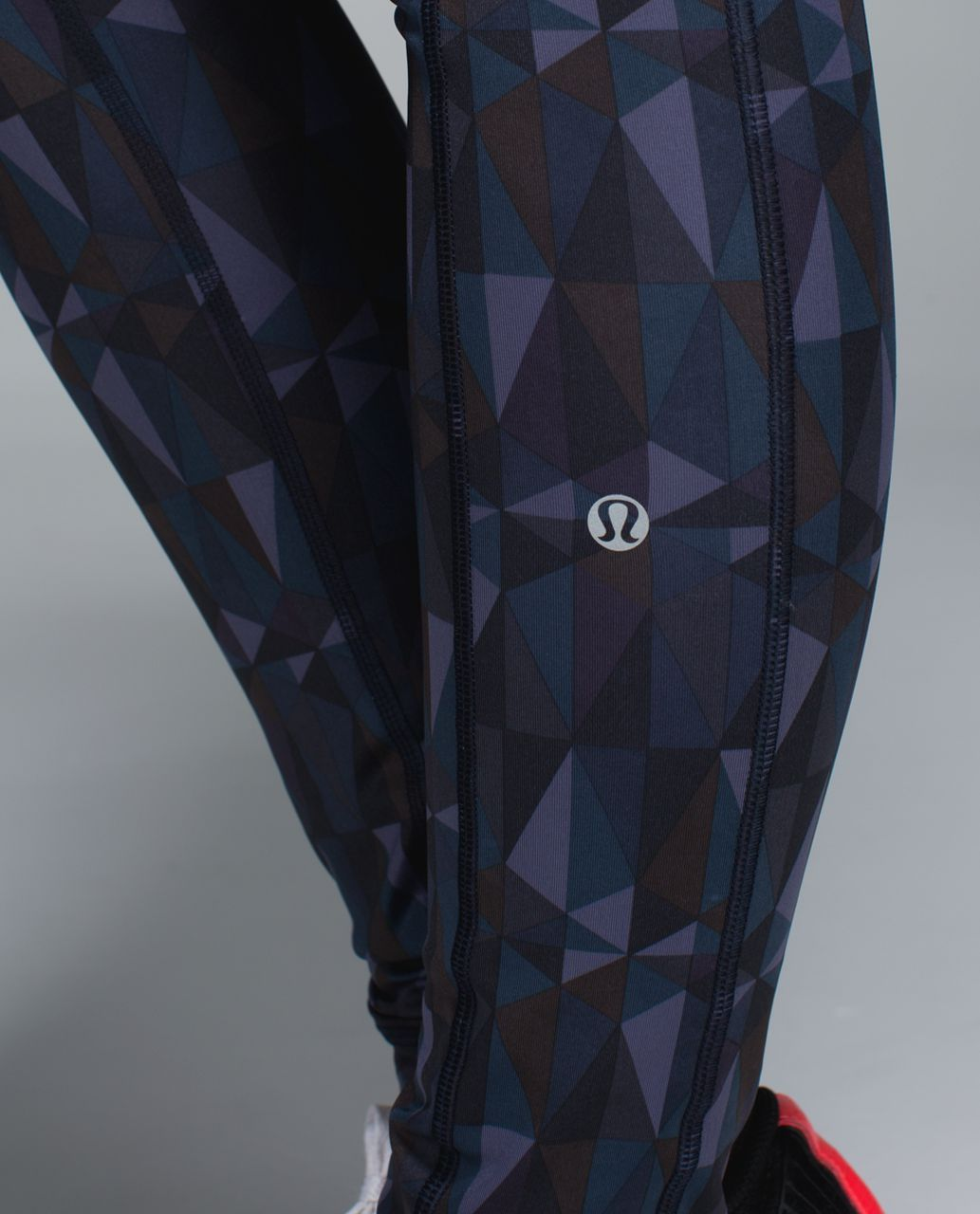 Lululemon Speed Tight II *Full-On Luxtreme - Stained Glass Love Nightfall Black / Black