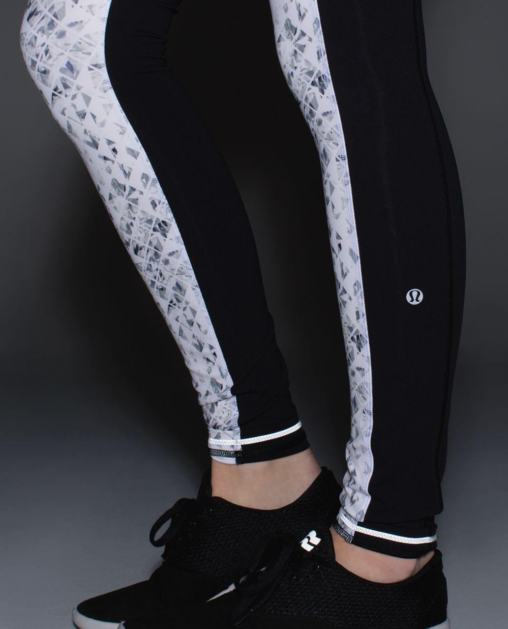 Lululemon Speed Tight II *Full-On Luxtreme - Unbreakable White Black / Black / White