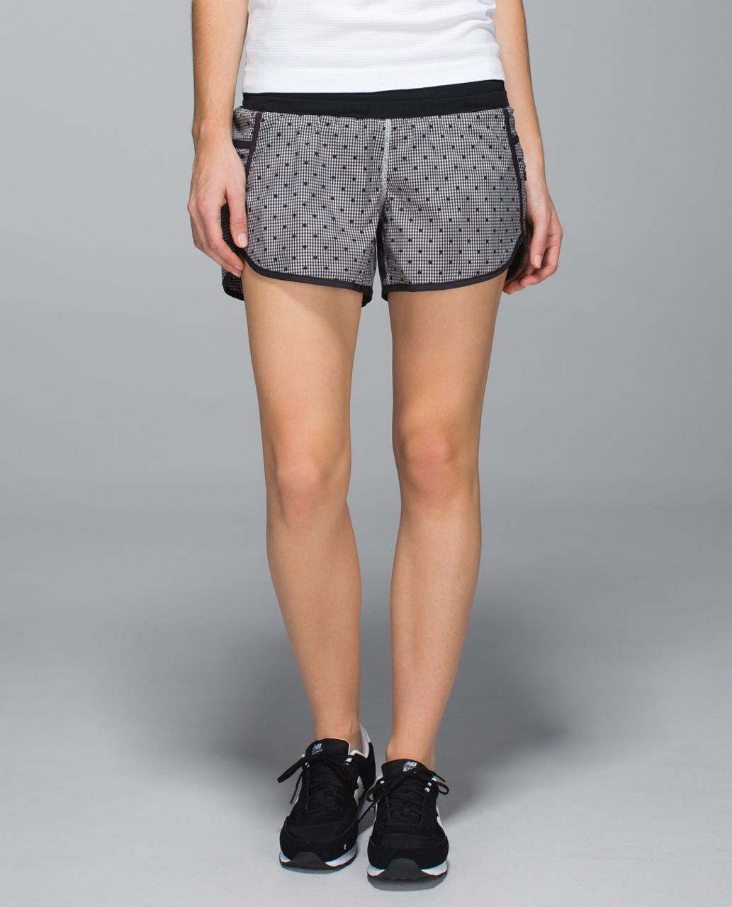 Lululemon Tracker Short II *2-way Stretch - Dottie Eighth Gingham White Black / Black