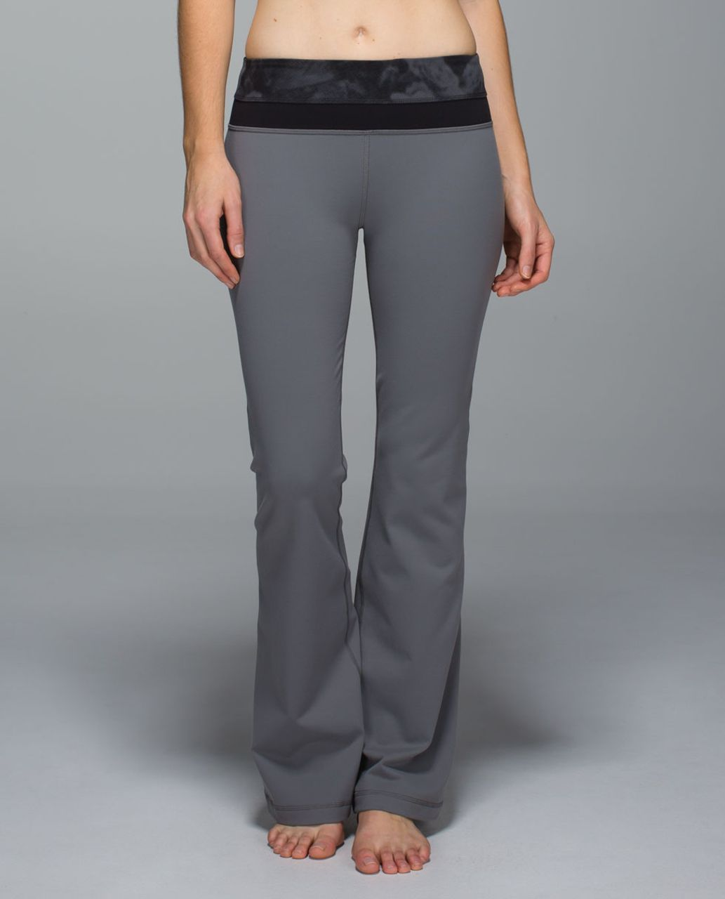 Lululemon Groove Pant *Full-On Luon (Regular) - Slate / Dream Rose Deep Coal Light / Black
