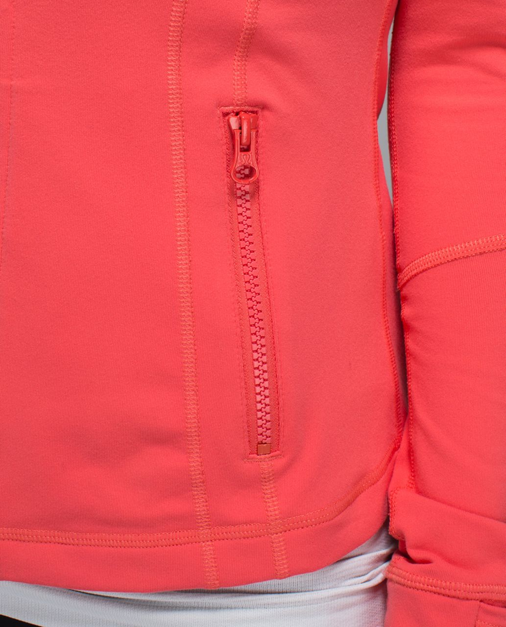 Lululemon Define Jacket - Atomic Red