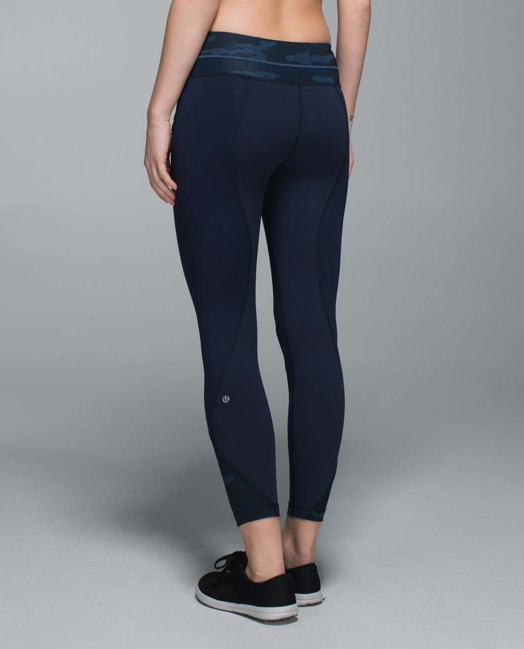 Lululemon Inspire Tight II - Inkwell / Heathered Texture Lotus Camo Oil Slick Blue