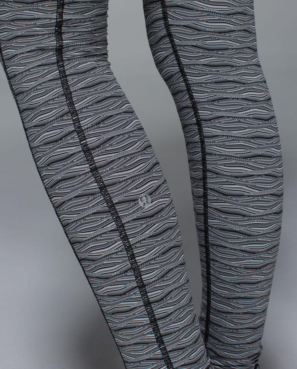 Lululemon Speed Tight II - Textured Wave Black Silver Spoon / Black