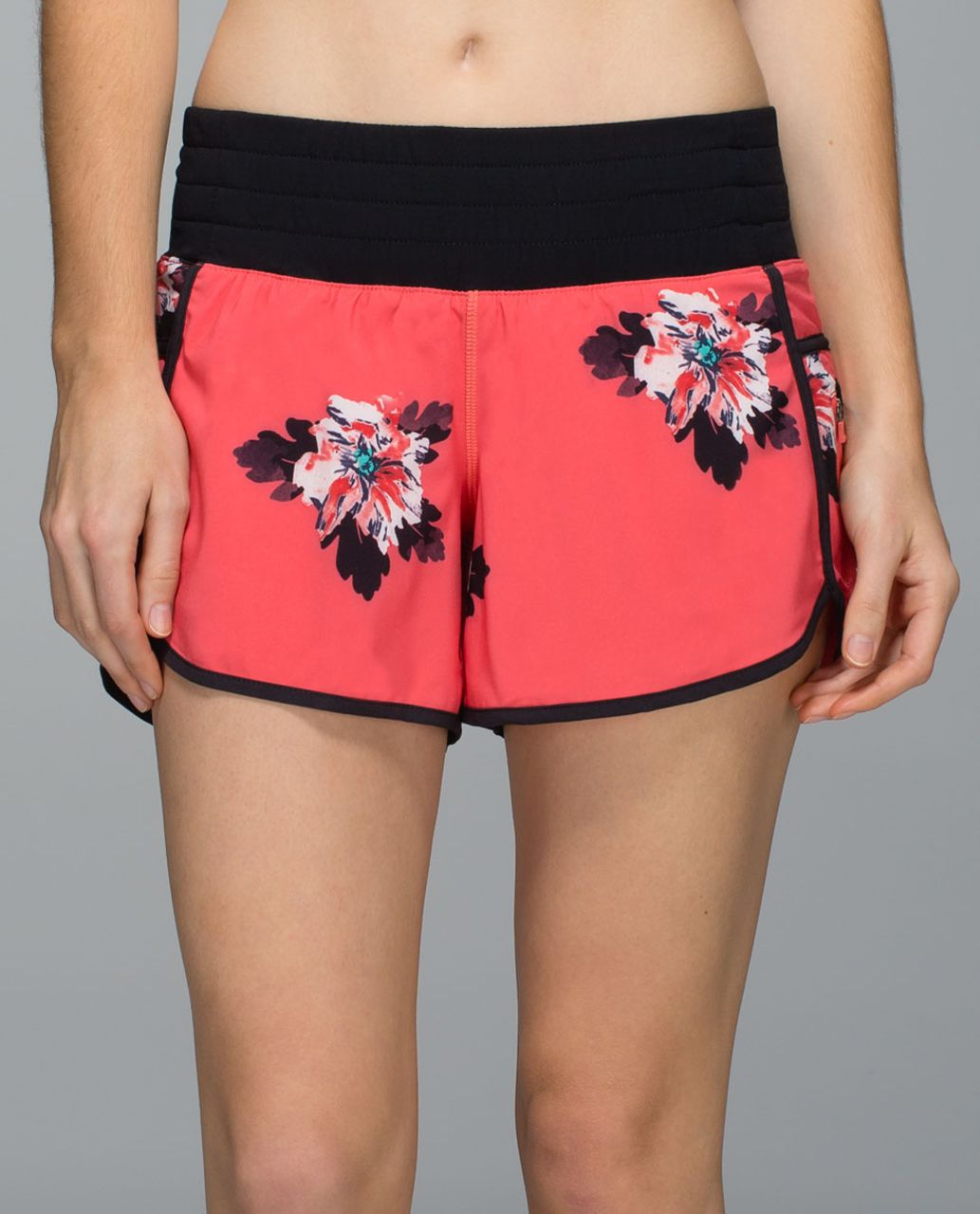 Lululemon Tracker Short II *4-way Stretch - Atomic Flower Parfait Pink Atomic Red / Black
