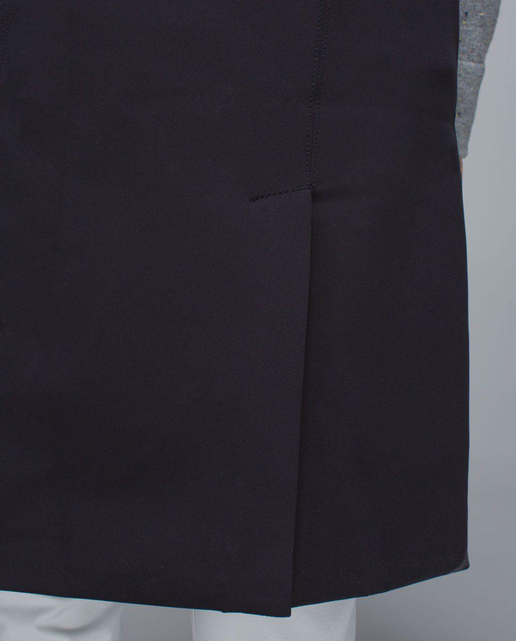 Lululemon Quickchange Vest - Black