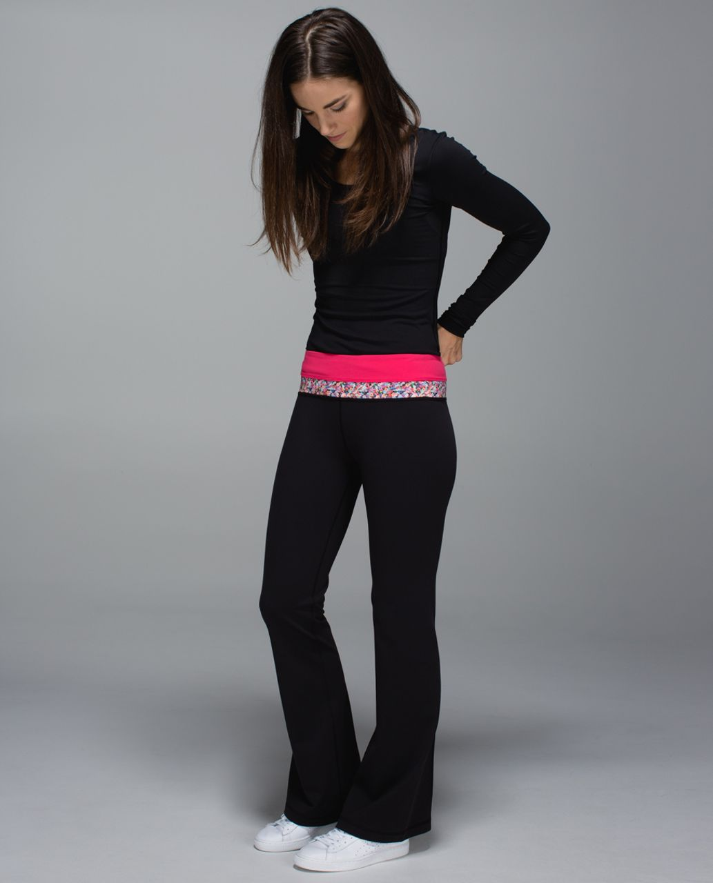 Lululemon Groove Pant *Full-On Luon (Tall) - Black / Boom Juice / Prism Petal Multi
