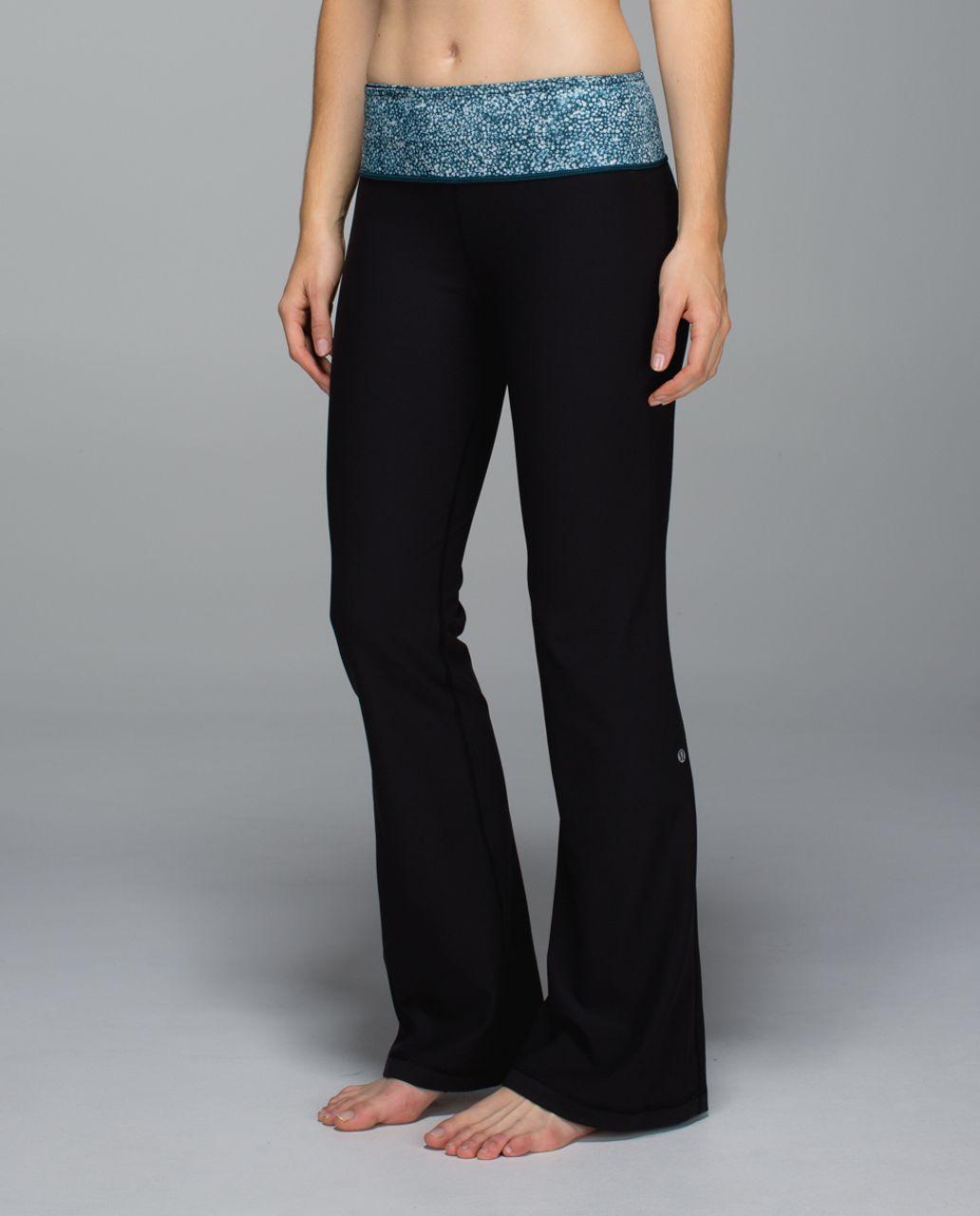Lululemon Groove Pant *Full-On Luon (Regular) - Black / Pebble Print Parfait Pink Alberta Lake / Fresh Fleur Neutral Blush Split Pea