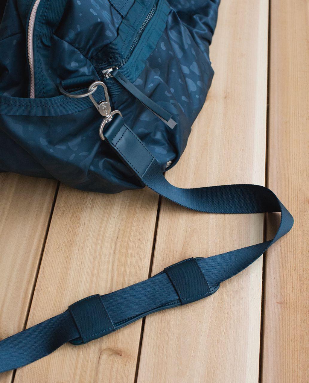 Lululemon Gym To Win Duffel *Nylon - Animal Swirl Embossed Alberta Lake